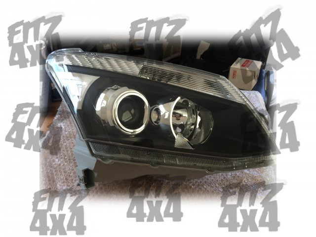 Isuzu D-max Front Right Headlight