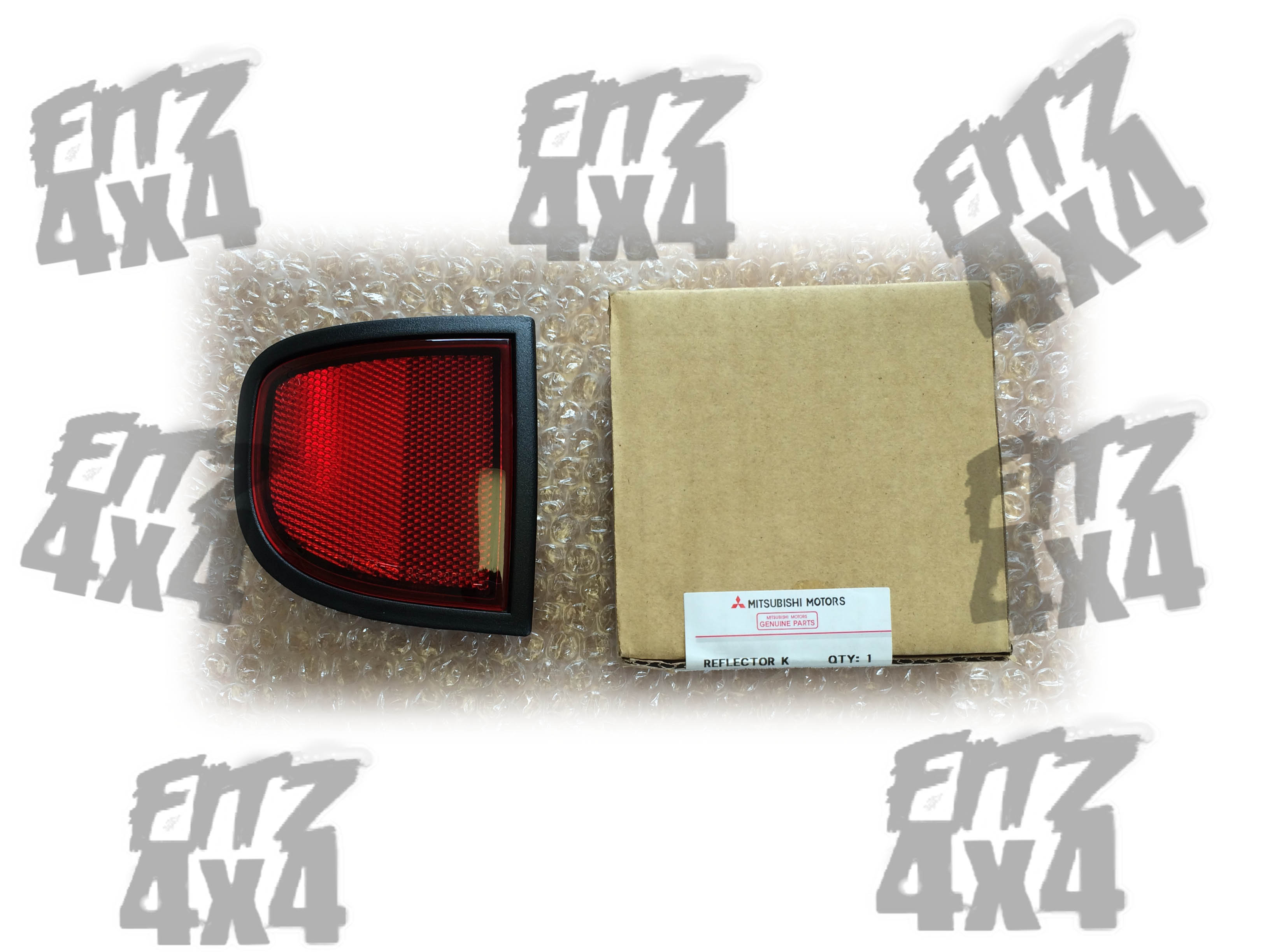 2006-2014 L200 rear left reflector