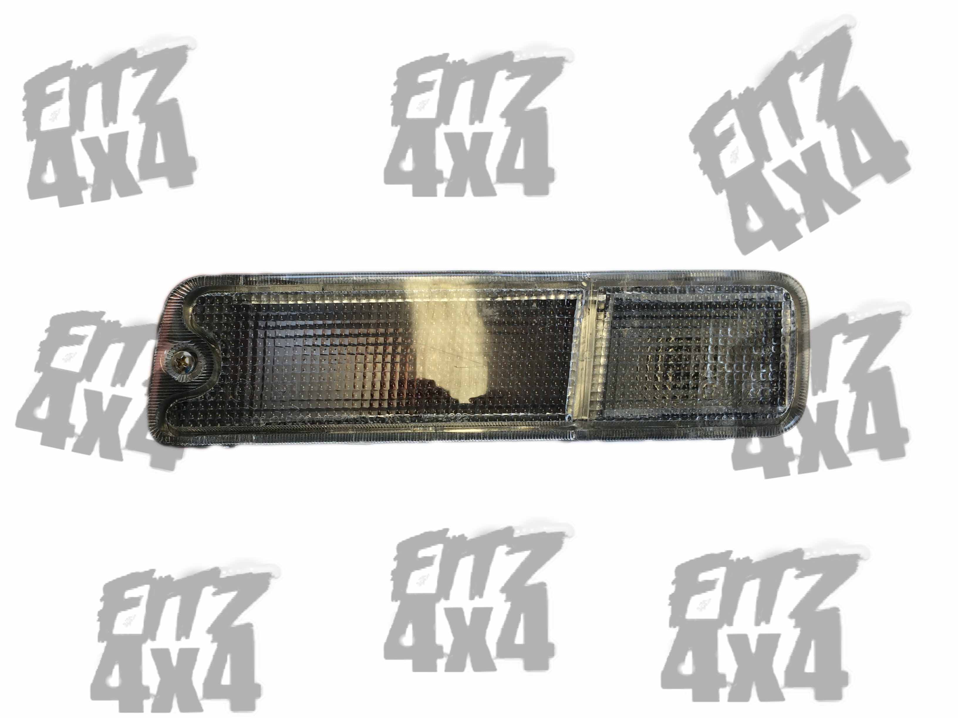 Mitsubishi L200 Front Left Indicator Light (2)