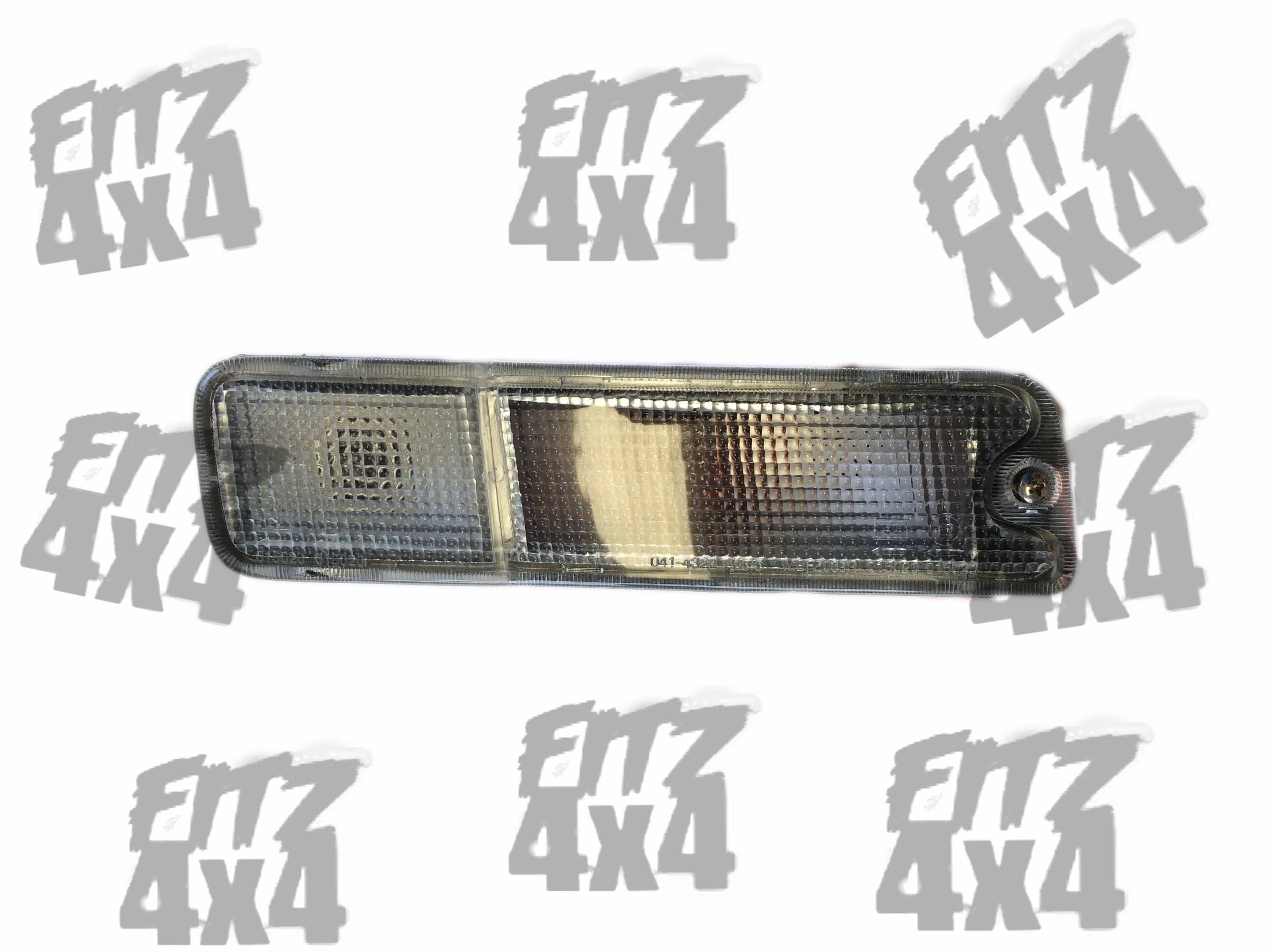 Mitsubishi L200 Front Right Indicator Light (2)